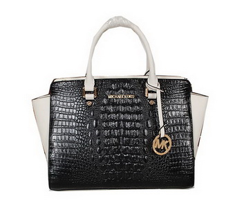 Michael Kors Selma Bag in Croco Leather MK0909 Black&White